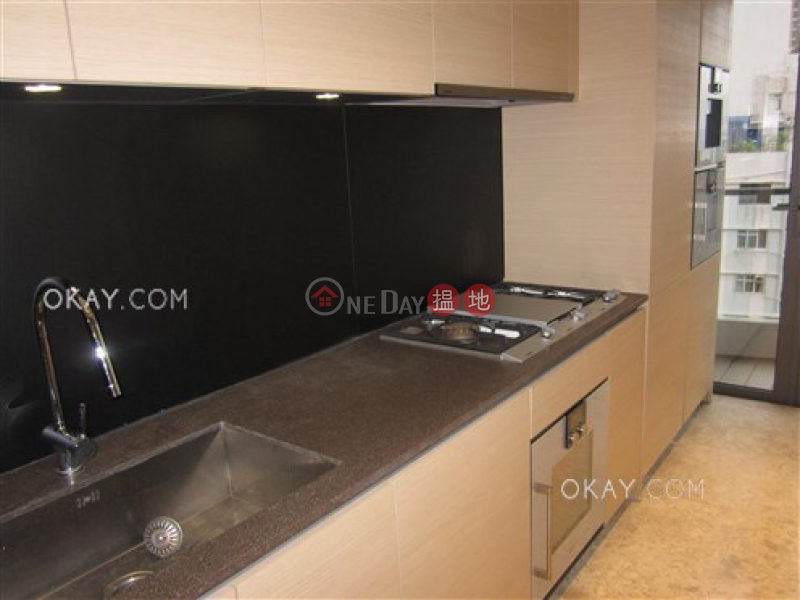 HK$ 32M, Arezzo Western District, Lovely 2 bedroom with harbour views & balcony | For Sale