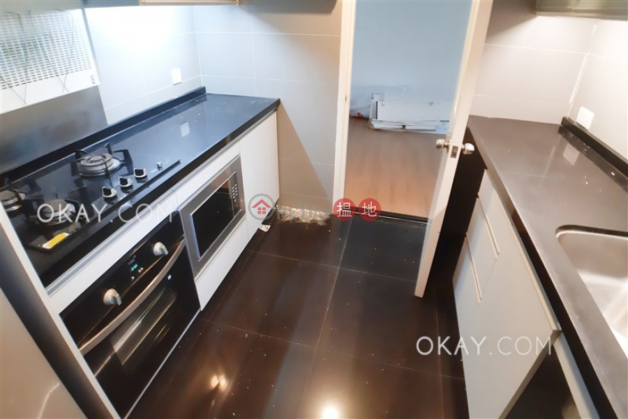 Unique 3 bedroom with sea views, balcony | Rental, 1 Braemar Hill Road | Eastern District, Hong Kong | Rental | HK$ 40,000/ month