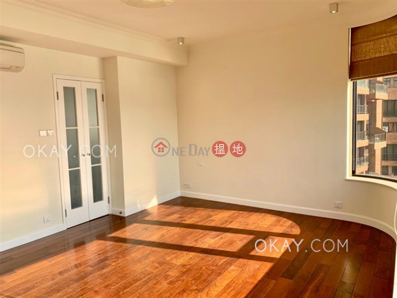 Pine Crest Middle Residential | Rental Listings HK$ 120,000/ month