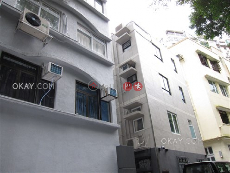 HK$ 11.5M Elegant Terrace Wan Chai District | Tasteful 3 bedroom on high floor | For Sale