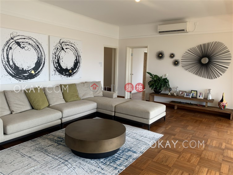 Lovely 3 bedroom with balcony & parking | Rental | St. George\'s Court 聖佐治大廈 Rental Listings