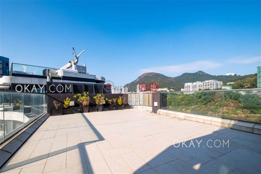 Property Search Hong Kong | OneDay | Residential | Rental Listings | Exquisite 4 bed on high floor with sea views & rooftop | Rental