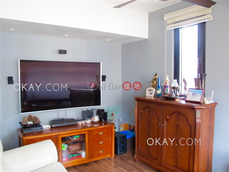 Property Search Hong Kong | OneDay | Residential | Sales Listings Tasteful 1 bedroom on high floor with balcony | For Sale