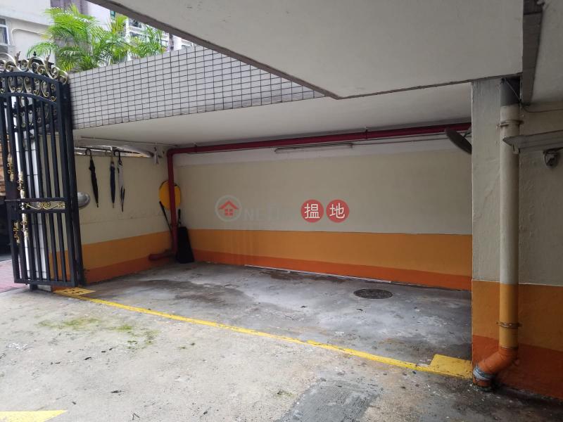 Car park, G/F Right Mansion, Right Mansion 利德大廈 Rental Listings   Western District (TONGK-4828720050)