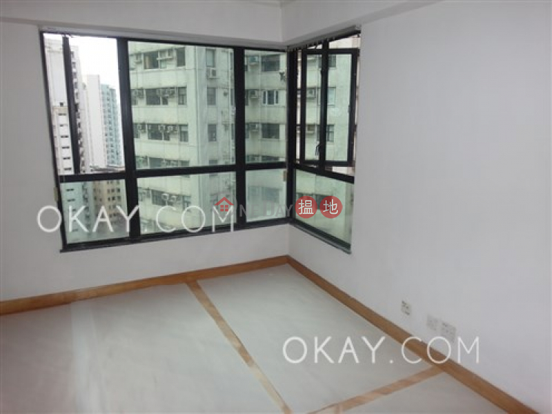 Cozy 2 bedroom in Mid-levels West   Rental   Wilton Place 蔚庭軒 Rental Listings