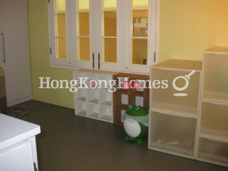 3 Bedroom Family Unit at 35 Bonham Road   For Sale   35 Bonham Road 般咸道35號 Sales Listings