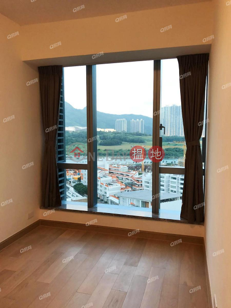 Property Search Hong Kong | OneDay | Residential Rental Listings | The Parkside Tower 2 | 3 bedroom Mid Floor Flat for Rent
