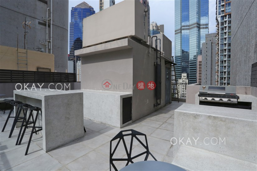 HK$ 25M 61-63 Hollywood Road | Central District Gorgeous 2 bedroom on high floor with rooftop | For Sale