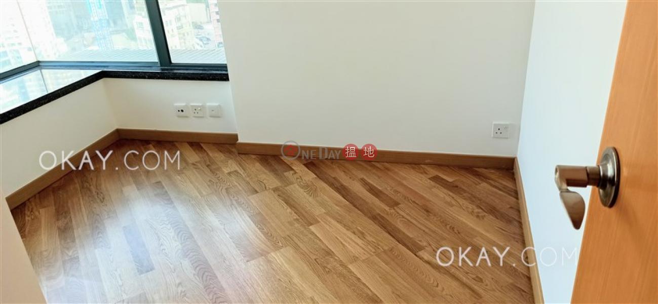 Unique 3 bedroom on high floor | Rental, 80 Robinson Road 羅便臣道80號 Rental Listings | Western District (OKAY-R1556)