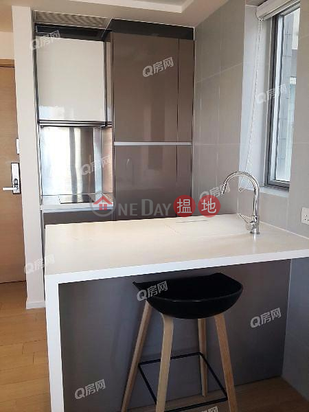 Property Search Hong Kong | OneDay | Residential | Rental Listings Soho 38 | Mid Floor Flat for Rent