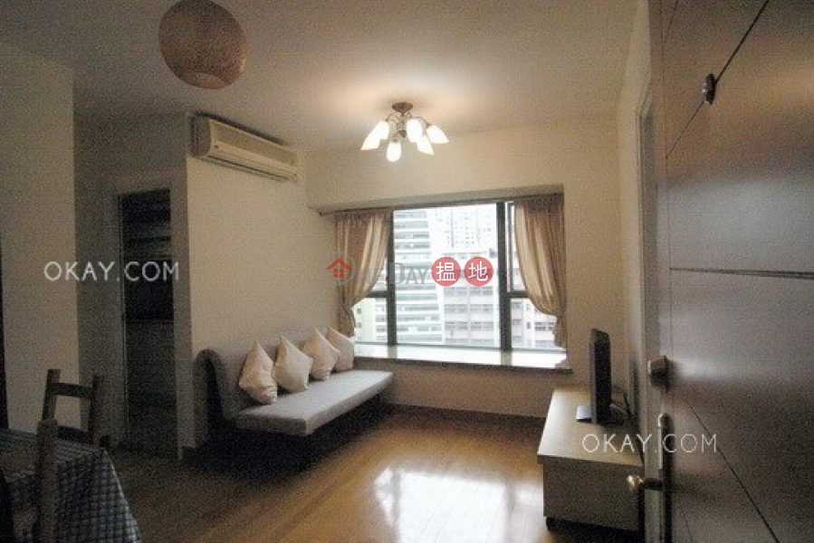 HK$ 8.5M | Queen\'s Terrace Western District Lovely 1 bedroom in Sheung Wan | For Sale