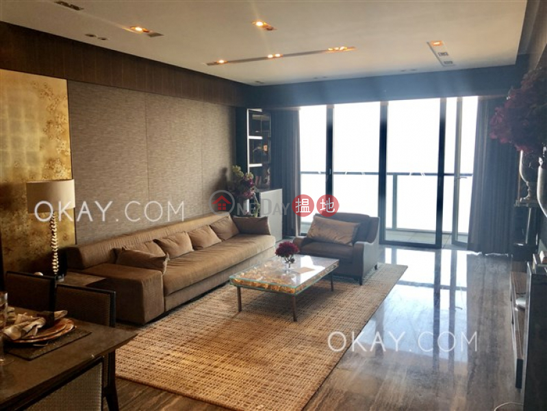 Unique 3 bedroom on high floor with sea views & balcony | Rental | Discovery Bay, Phase 14 Amalfi, Amalfi One 愉景灣 14期 津堤 津堤1座 Rental Listings