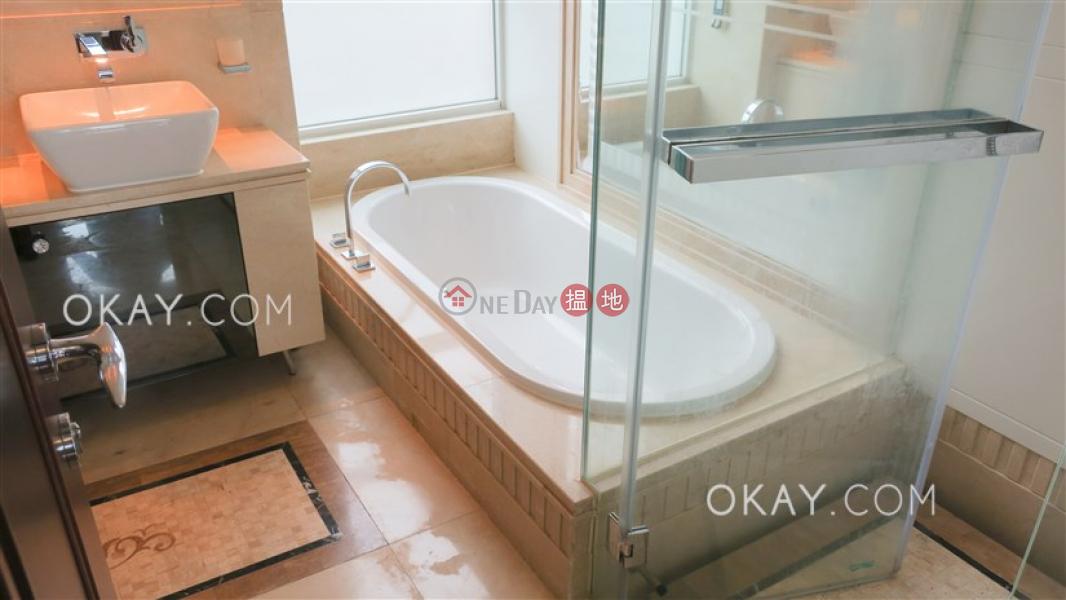 3房2廁,極高層,星級會所,可養寵物《名門1-2座出租單位》-23大坑徑 | 灣仔區|香港-出租|HK$ 73,000/ 月