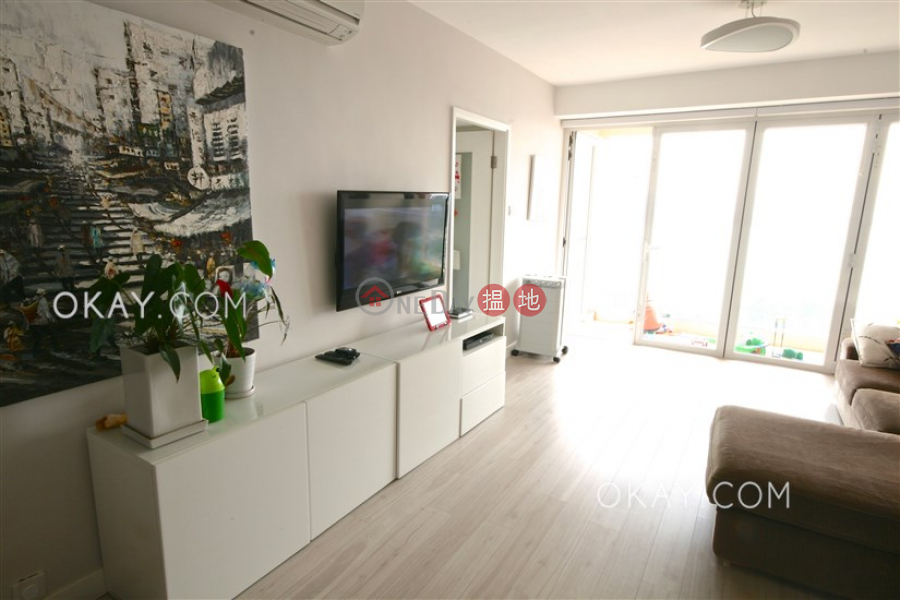 Property Search Hong Kong | OneDay | Residential Sales Listings | Nicely kept 3 bedroom with balcony | For Sale