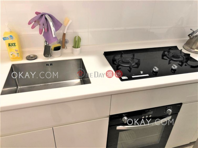 Tasteful 2 bedroom in Mid-levels West | For Sale | 22-22a Caine Road | Western District Hong Kong, Sales, HK$ 8.6M