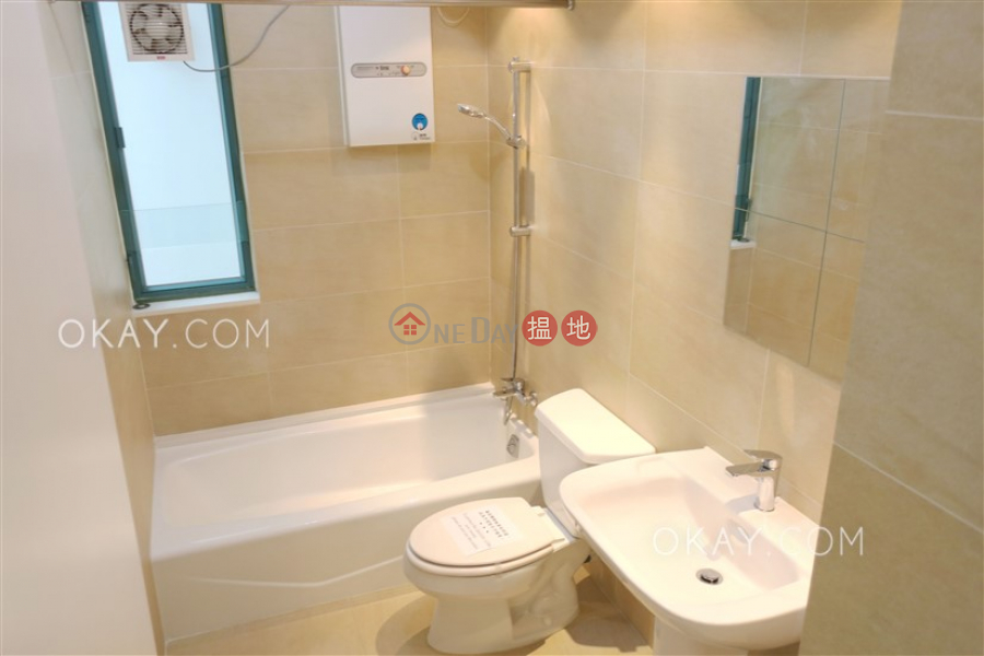 HK$ 25M | Robinson Place Western District | Elegant 2 bedroom in Mid-levels West | For Sale