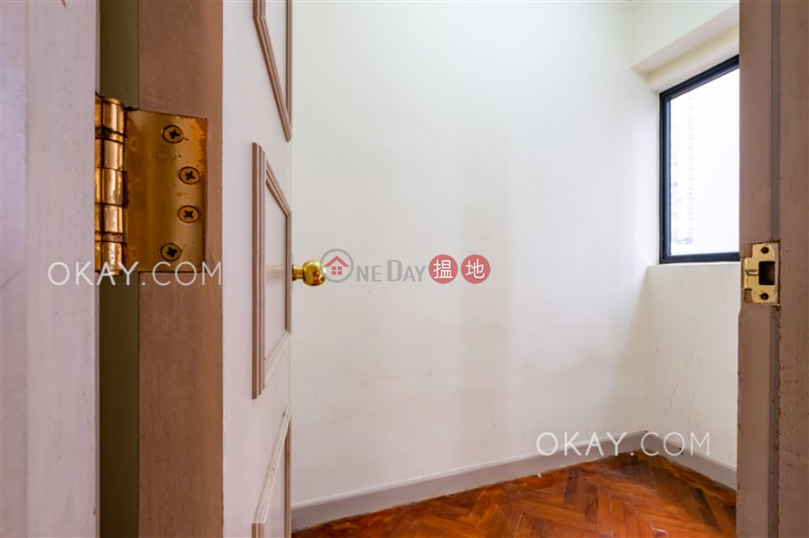 Unique 3 bedroom in Mid-levels West | Rental | 62B Robinson Road | Western District, Hong Kong | Rental | HK$ 42,000/ month