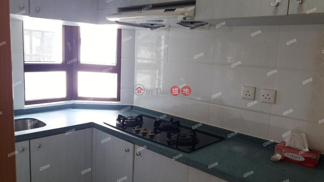 To Li Court ( Tower 3) Ying Ga Garden   3 bedroom Low Floor Flat for Rent   34 Sands Street   Western District, Hong Kong   Rental   HK$ 23,000/ month