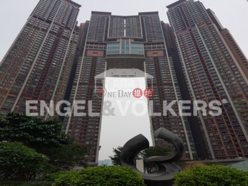 3 Bedroom Family Flat for Rent in West Kowloon | The Arch 凱旋門 Rental Listings