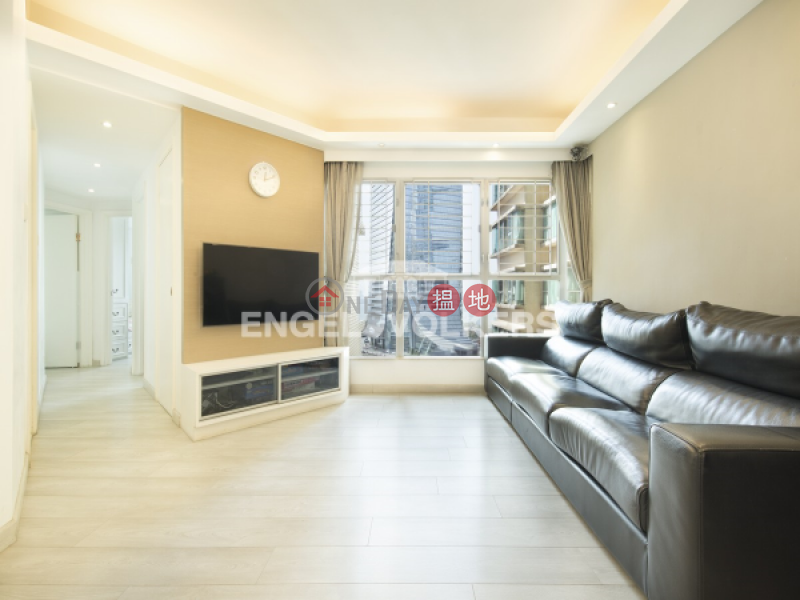 Property Search Hong Kong | OneDay | Residential Sales Listings, 3 Bedroom Family Flat for Sale in West Kowloon