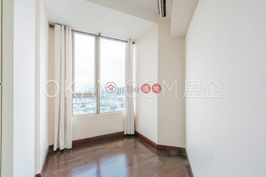 HK$ 90,000/ month   THE HAMPTONS   Kowloon City   Luxurious 3 bedroom with parking   Rental