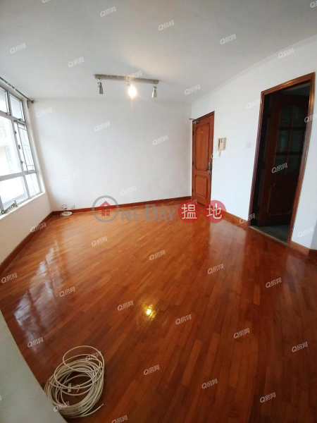 HK$ 20,800/ month South Horizons Phase 4, Pak King Court Block 31 Southern District South Horizons Phase 4, Pak King Court Block 31 | 2 bedroom High Floor Flat for Rent