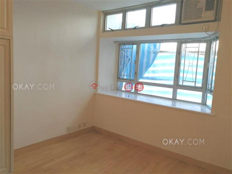 HK$ 28,000/ month | South Horizons Phase 2, Yee Mei Court Block 7 Southern District | Tasteful 3 bedroom in Aberdeen | Rental