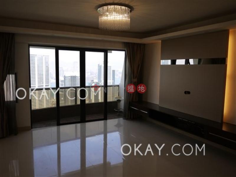 3房2廁,實用率高,連車位,露台《峰景出售單位》 峰景(Hong Villa)出售樓盤 (OKAY-S38053)