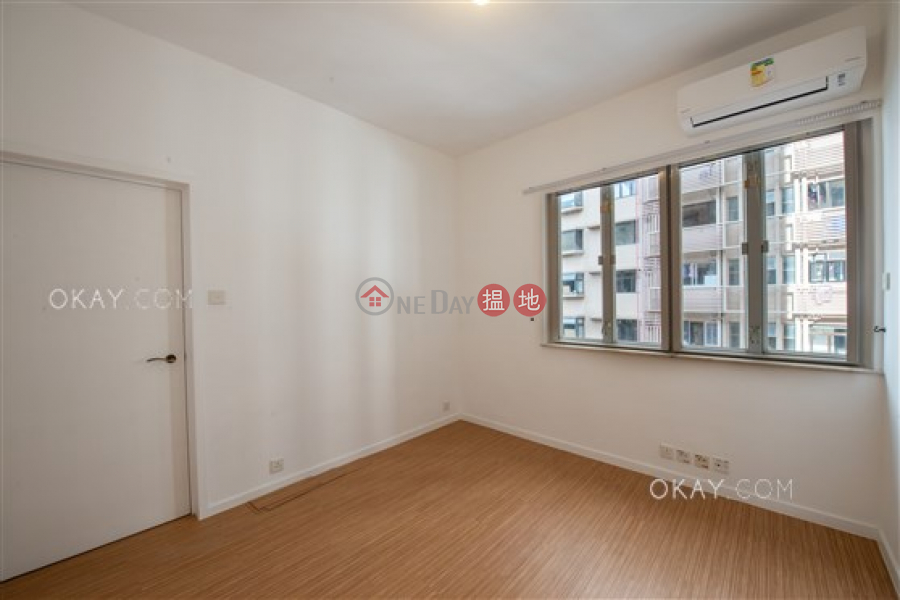 HK$ 28.5M, 2 Monmouth Terrace | Wan Chai District | Rare 3 bedroom with balcony & parking | For Sale