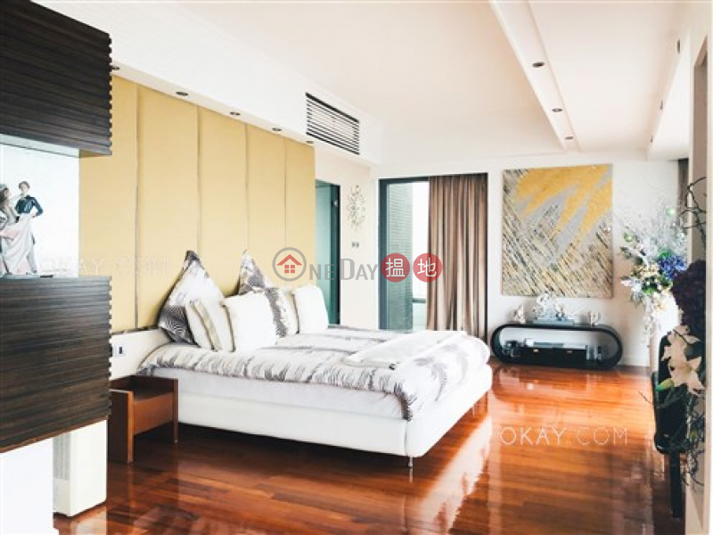 HK$ 108,000/ month, Palatial Crest   Western District Beautiful 3 bed on high floor with harbour views   Rental