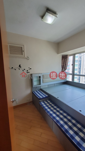 HK$ 14,000/ month Yoho Town Phase 1 Block 7 | Yuen Long High Floor, 2 Bedroom, With furniture