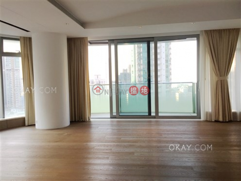 Stylish 3 bedroom with balcony & parking | For Sale | Argenta 珒然 Sales Listings