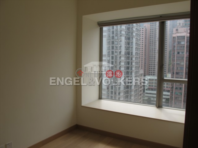 2 Bedroom Flat for Sale in Sai Ying Pun, Island Crest Tower1 縉城峰1座 Sales Listings | Western District (EVHK42370)