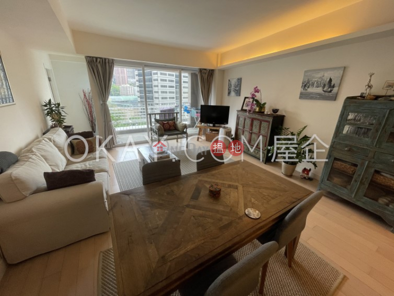 Property Search Hong Kong   OneDay   Residential, Sales Listings   Nicely kept penthouse with rooftop & balcony   For Sale