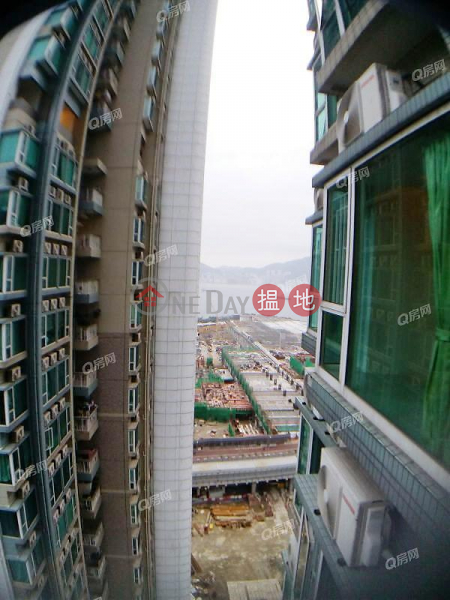 Milan (Tower 3 - L Wing) Phase 1 The Capitol Lohas Park | 2 bedroom Mid Floor Flat for Sale | Milan (Tower 3 - L Wing) Phase 1 The Capitol Lohas Park 日出康城 1期 首都 米蘭 (3座-左翼) Sales Listings