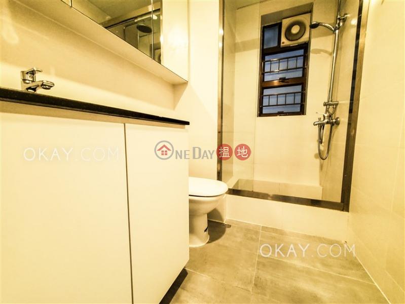 3房2廁,露台《嘉輝大廈出租單位》|23西摩道 | 西區香港|出租HK$ 38,000/ 月