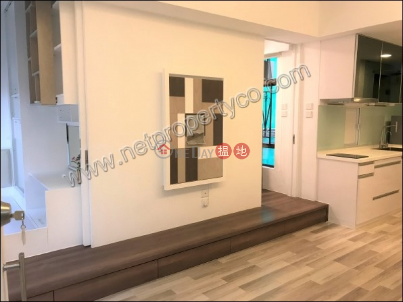 HK$ 23,000/ month Good View Court, Western District | Unique Apartment for Rent in Mid-Level Central