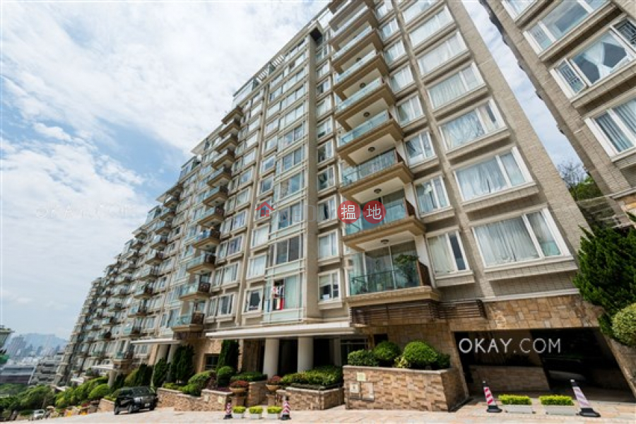 Unique 4 bedroom with terrace, balcony | For Sale | One Beacon Hill 畢架山一號 Sales Listings