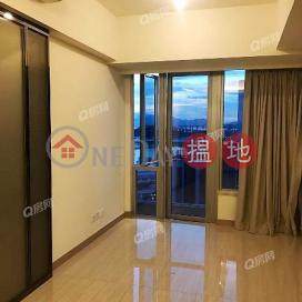 Cullinan West II | 1 bedroom Mid Floor Flat for Rent