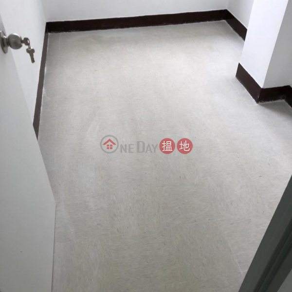 Property Search Hong Kong   OneDay   Residential, Rental Listings Flat for Rent in 40-42 Cross Street, Wan Chai