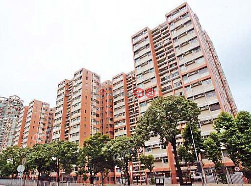 Property Search Hong Kong | OneDay | Residential Sales Listings Block 5 Balwin Court | 3 bedroom Low Floor Flat for Sale