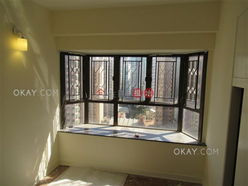 Popular 3 bedroom in Mid-levels West   For Sale   Corona Tower 嘉景臺 Sales Listings