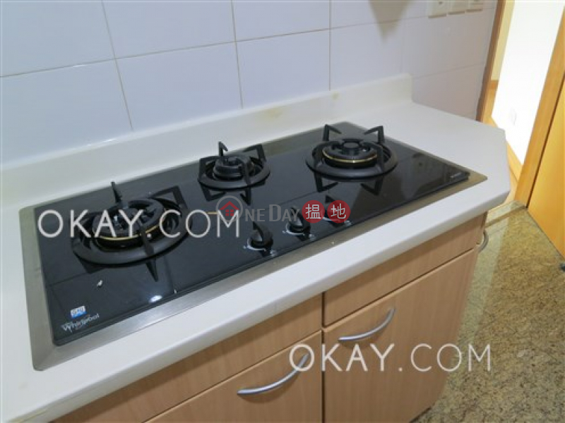 HK$ 40,000/ month | The Waterfront Phase 1 Tower 2, Yau Tsim Mong | Lovely 3 bedroom in Kowloon Station | Rental