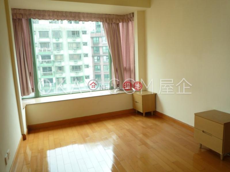3房2廁,星級會所,露台雍慧閣出售單位 11般咸道   西區 香港出售HK$ 2,450萬