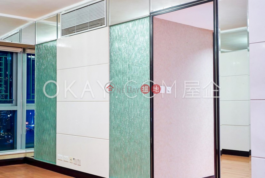 香港搵樓 租樓 二手盤 買樓  搵地   住宅 出租樓盤 3房2廁,極高層,星級會所君臨天下1座出租單位