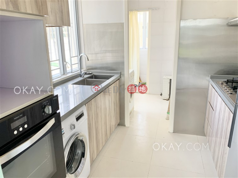Gorgeous 3 bedroom with sea views & parking | Rental 42 Chung Hom Kok Road | Southern District, Hong Kong | Rental HK$ 58,000/ month