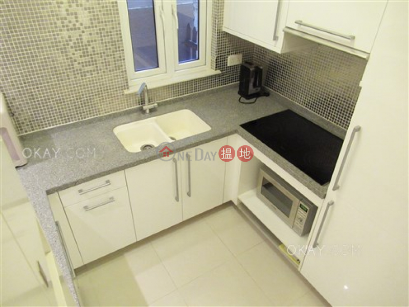 Intimate 1 bedroom with terrace | For Sale | Lok Go Building 樂高大廈 Sales Listings