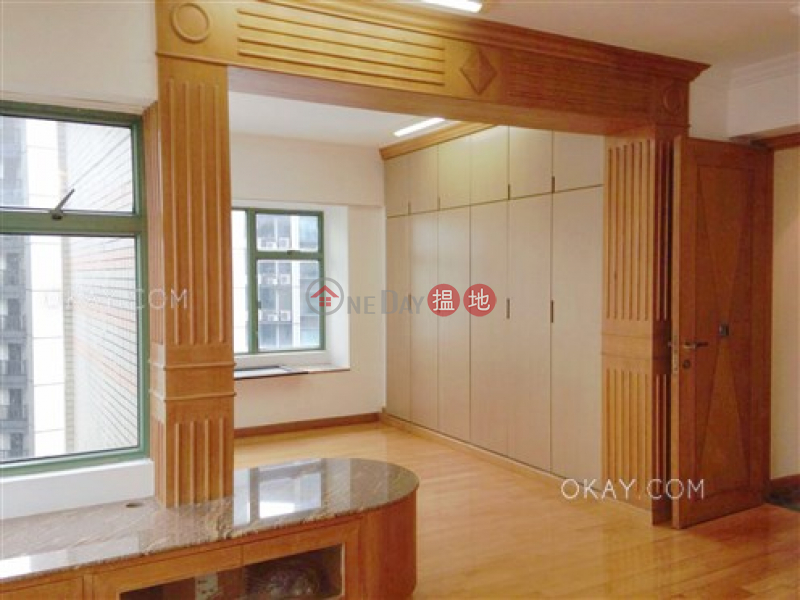 Stylish 2 bedroom on high floor | For Sale, 70 Robinson Road | Western District, Hong Kong, Sales, HK$ 32M
