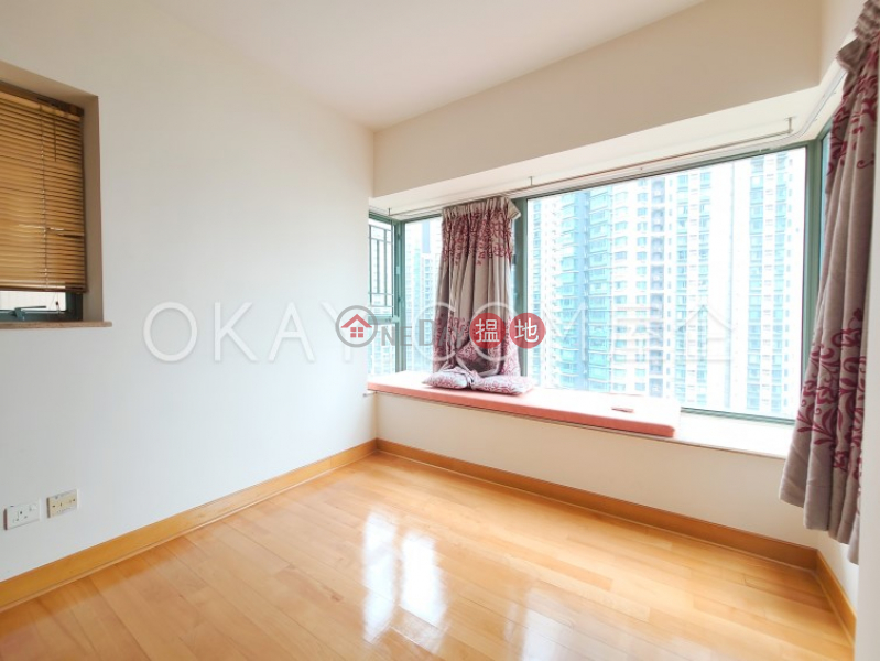 HK$ 26,500/ month Tower 2 Island Harbourview, Yau Tsim Mong, Intimate 3 bedroom in Olympic Station   Rental