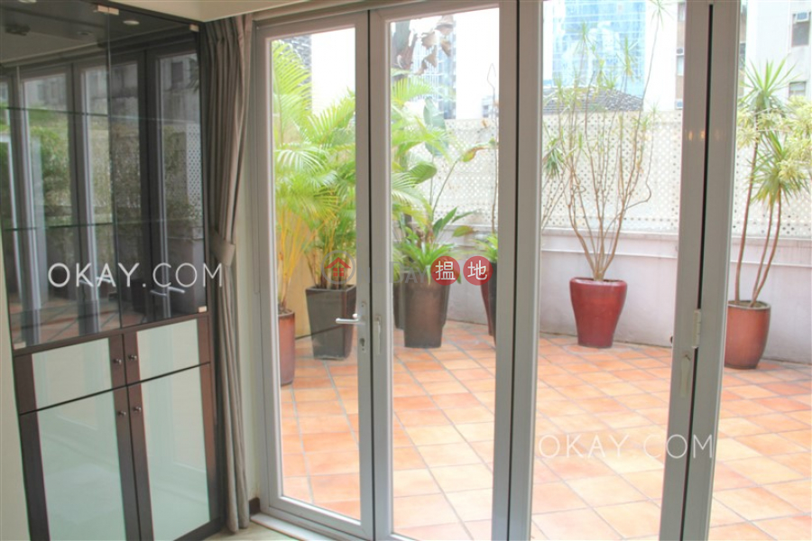 HK$ 37,000/ month, Sunrise House Central District   Nicely kept 1 bedroom with terrace   Rental
